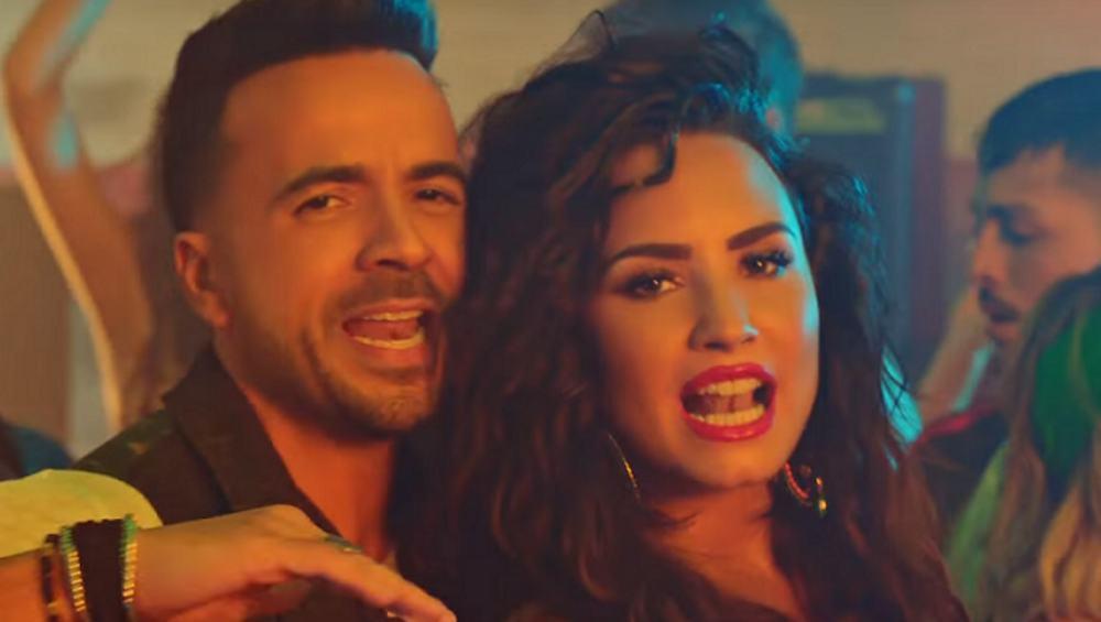 """""""Échame La Culpa"""" Demi Lovato i Luisa Fonsiego PO ANGIELSKU! Która wersja lepsza?"""