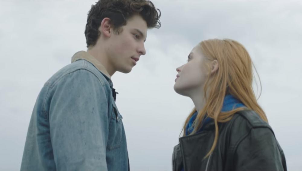 Romantyczny Shawn Mendes w nowym klipie!
