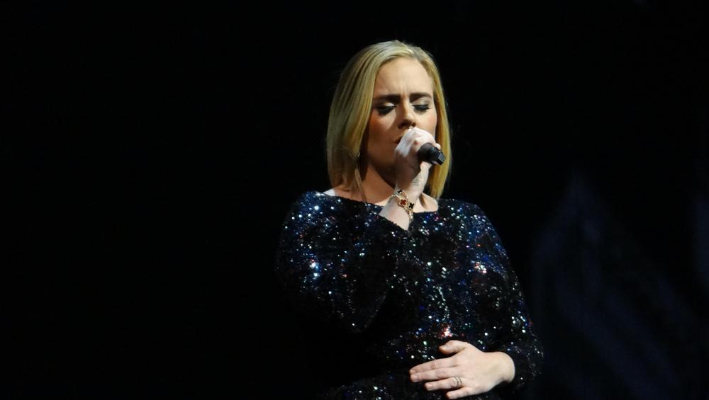 Adele zamknęła swoją firmę!