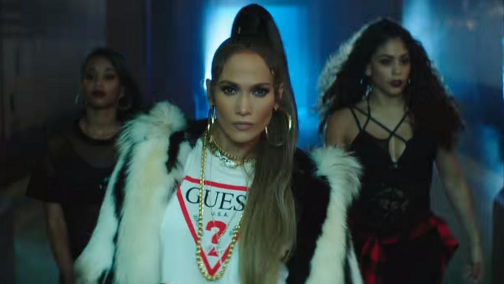 AMOR AMOR AMOR – taneczna bitwa w nowym klipie J.Lo! Kto wygrał?