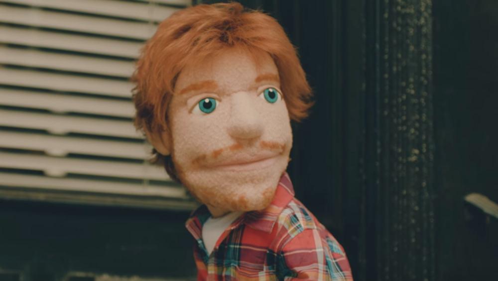 """Ed Sheeran jako kukiełka w teledysku do """"Happier""""! [ZOBACZ KLIP]"""