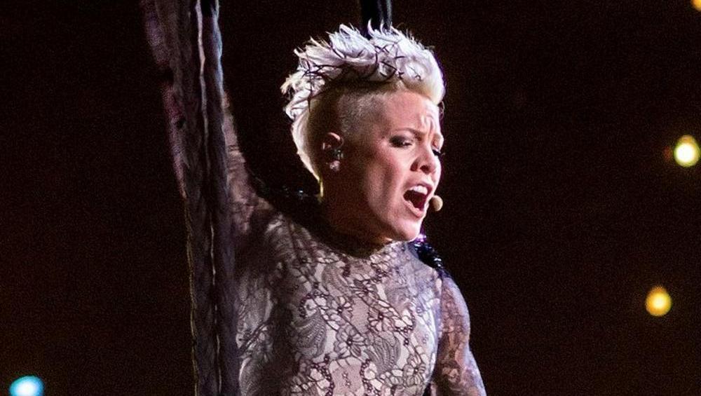 Pink zaprosiła 12-latkę do wspólnego występu. Wyszło ŚWIETNIE