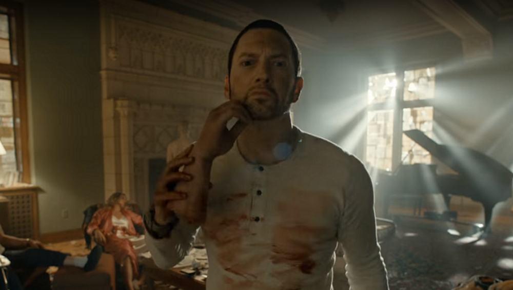 Zbrodnia rodem z horroru w nowym klipie Eminema!