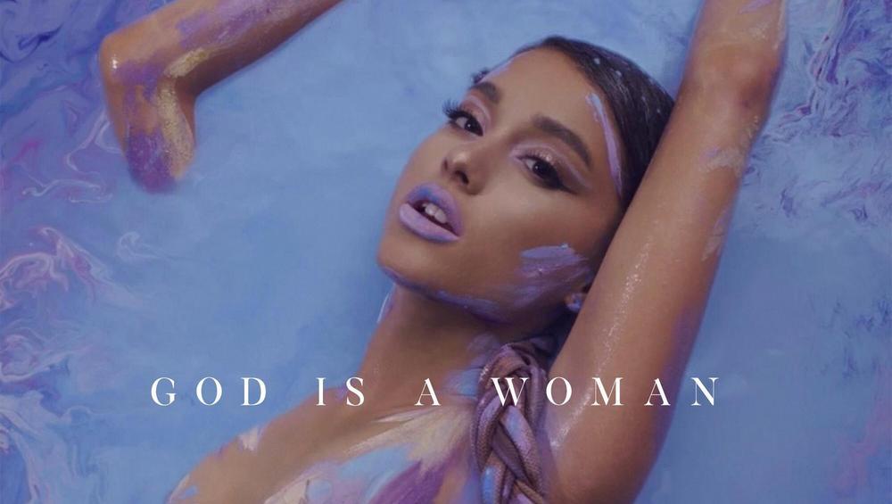 """Nowy singiel Ariany Grande -""""God Is A Woman"""". ZOBACZ KLIP"""