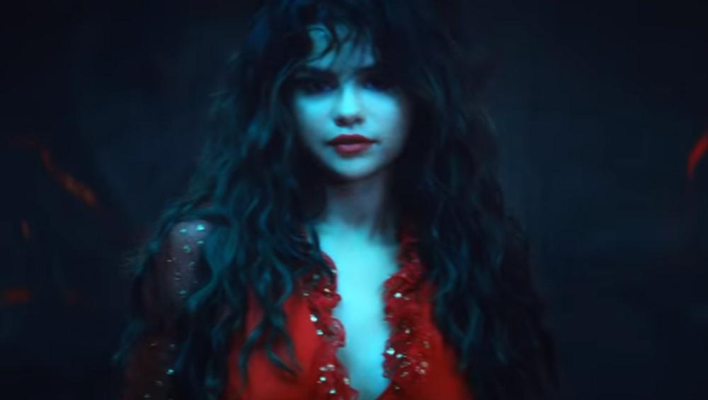 Selena Gomez jak wampirzyca w nowym klipie Taki Taki