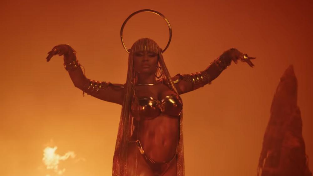 Nicki Minaj śpiewa o paleniu marihuany? Nowy klip do Ganja Burn
