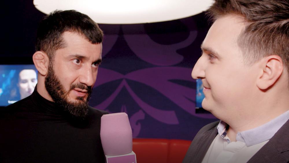 Mamed Khalidov pobił się z Erykiem Lubosem na planie UNDERDOG?