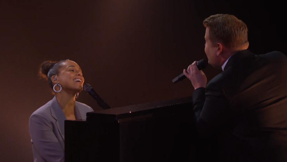 Alicia Keys i James Corden SPARODIOWALI Shallow! Jak wyszło?