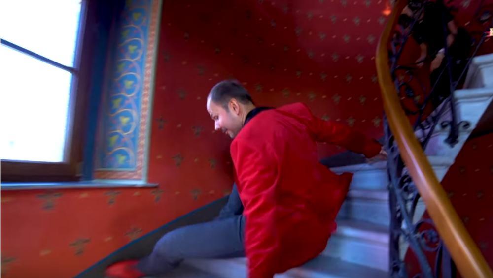 Sławomir spadł ze schodów! Wyglądało groźnie [WIDEO]