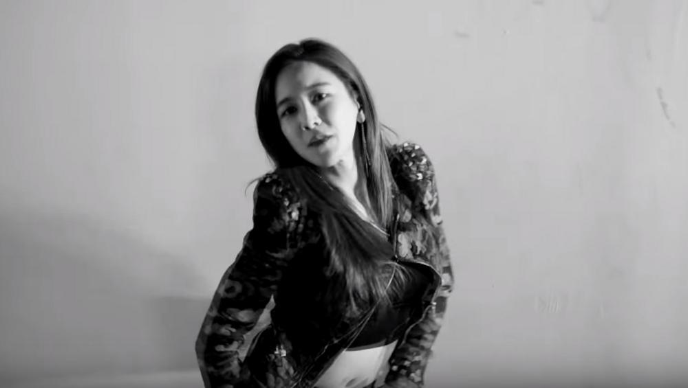 Gwiazda k-popu śpiewa PO POLSKU! Fani zachwyceni