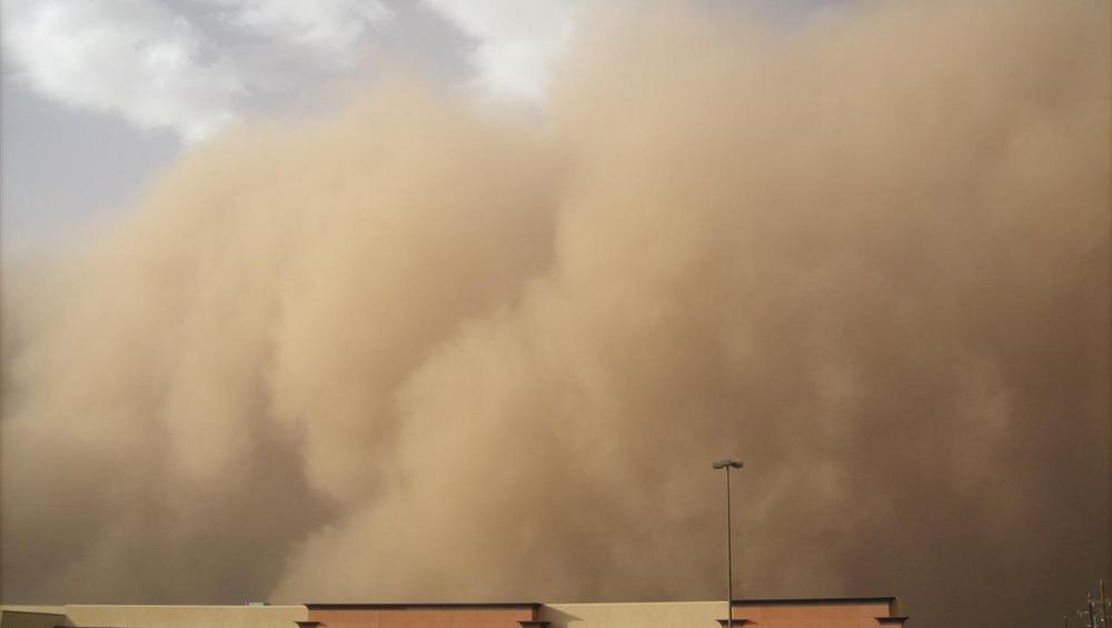 Skąd burza piaskowa w Polsce? Jest alert pogodowy 23.04.19