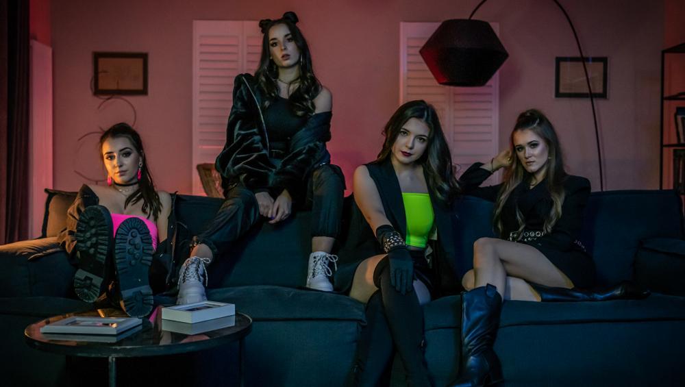Dziewczyny z Young Stars we wspólnej piosence MAGNES. Będzie hit?