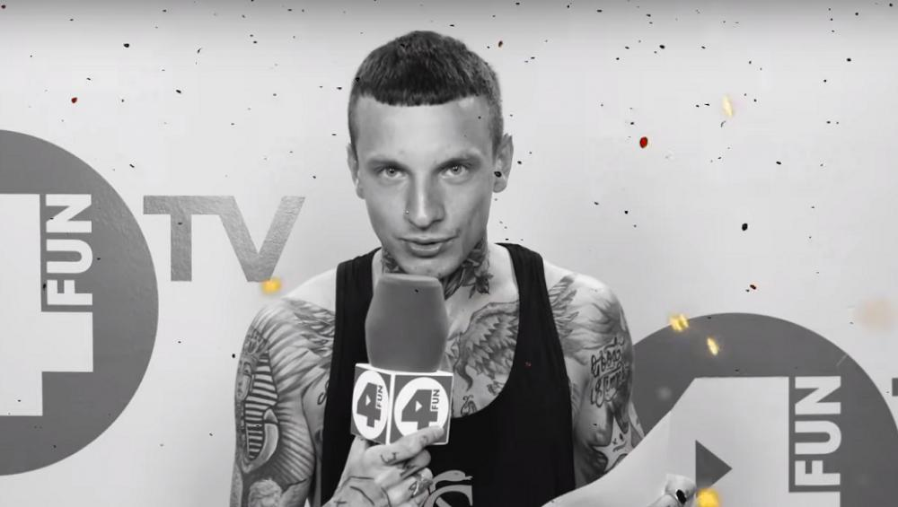 Smolasty RECYTUJE swój nowy singiel RAJ w 4FUN.TV!