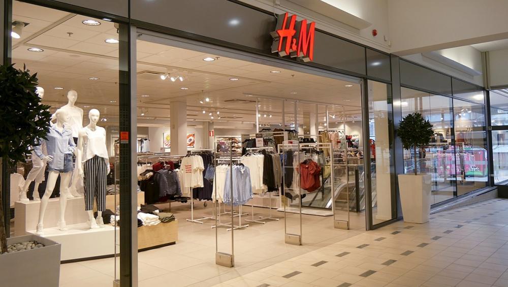 Kup teraz, zapłać później? H&M wprowadził nową opcję zakupów