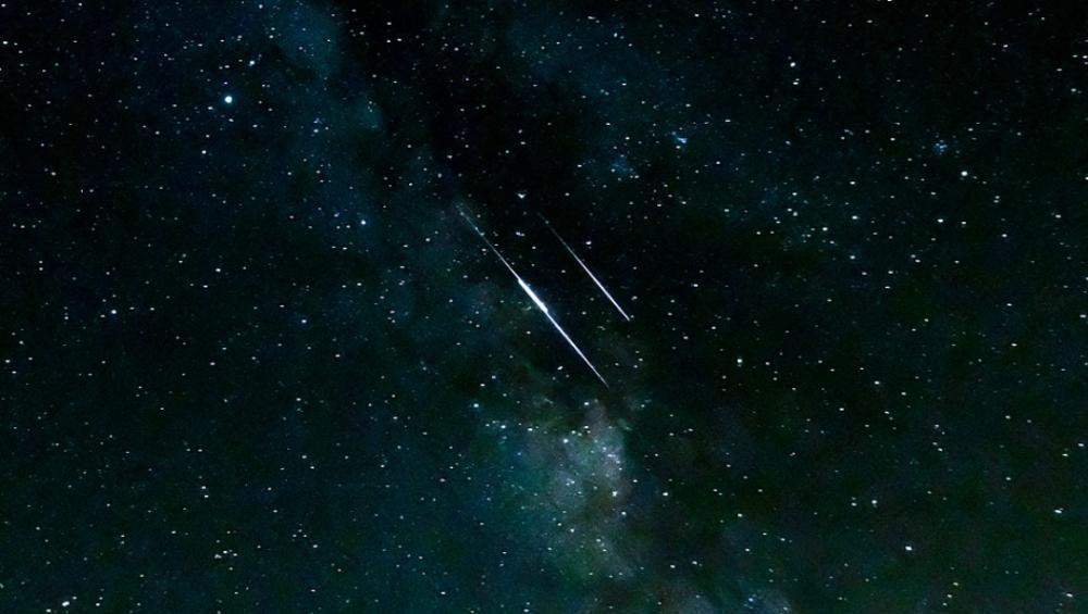 Spadające gwiazdy: oglądaj teraz Północne delta Akwarydy!