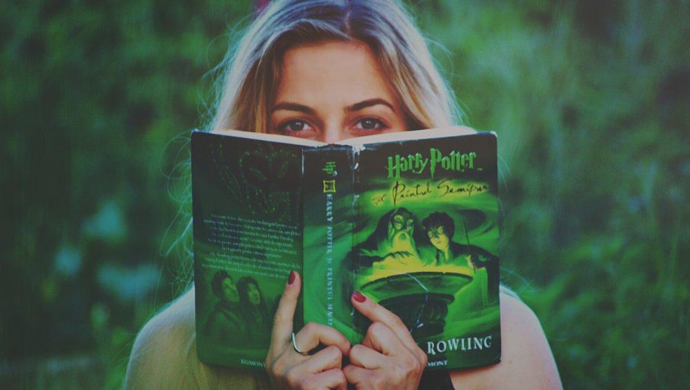 Harry Potter ZBANOWANY przez księgarnię. Nie będą sprzedawać książek J. K. Rowling