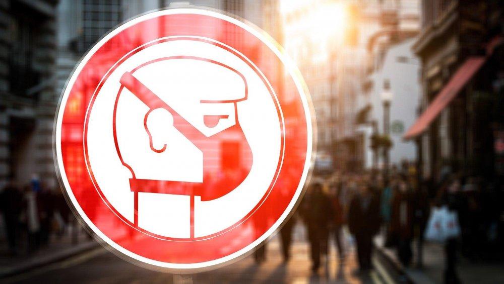 Koronawirus w Polsce: zakazy dla nieletnich, sklepy spożywcze i budowlane ze zmianami od 1.04.2020