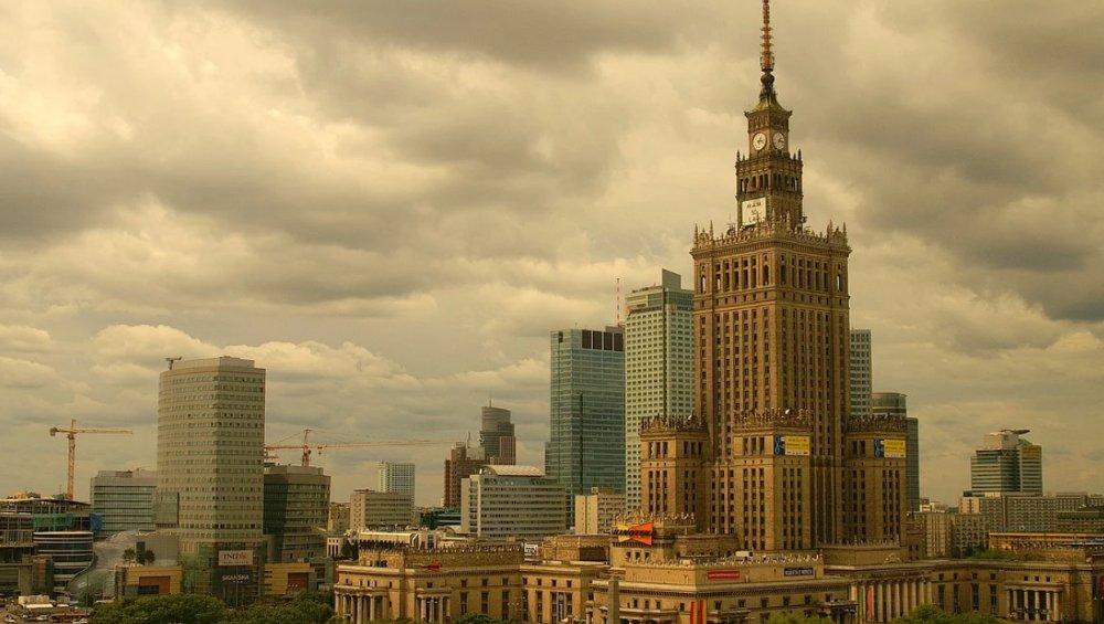 Zamknięcie Warszawy przez koronawirusa? Rzecznik komentuje