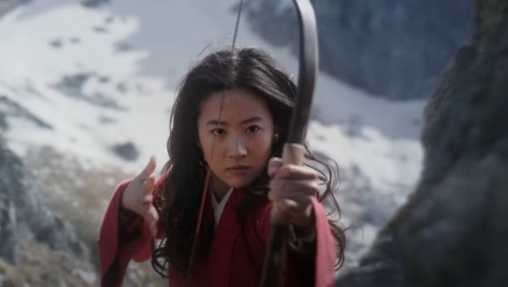 Mulan: różnice między kultową bajką a nowym filmem. Co z Mushu?