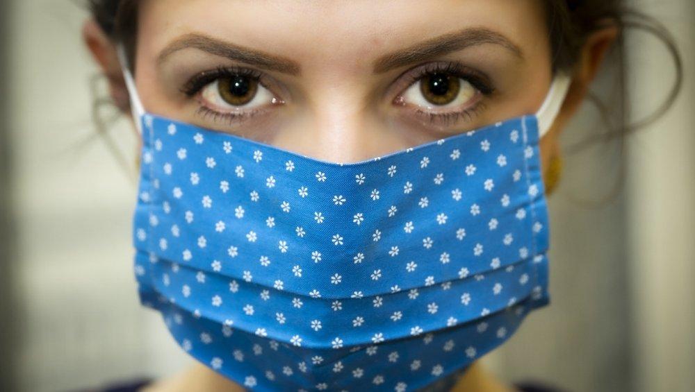 Koronawirus: do kiedy będziemy nosić maseczki? Termin jest odległy