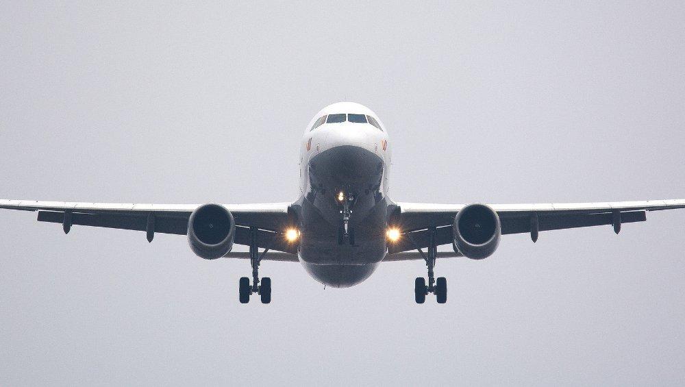 Pierwsza linia lotnicza wprowadza paszport zdrowotny. To odpowiedź na koronawirusa