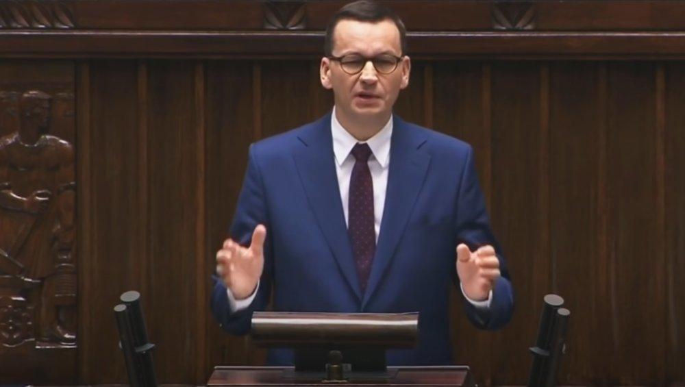 Mateusz Morawiecki śpiewa No Sory Sanah! Parodia o koronawirusie to hit?