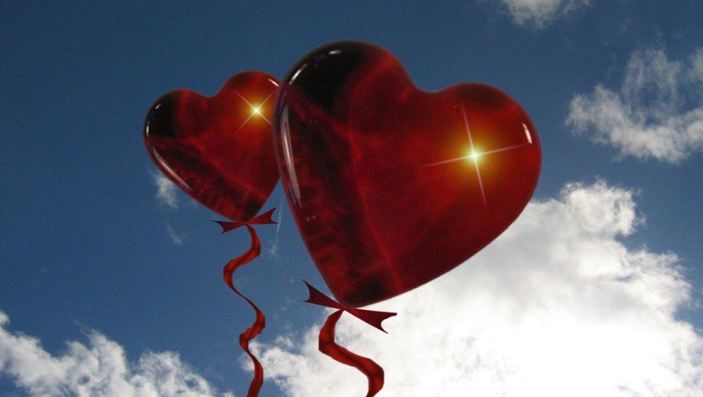 Walentynki 2021: fajne gify, filmiki i obrazki na FB i IG