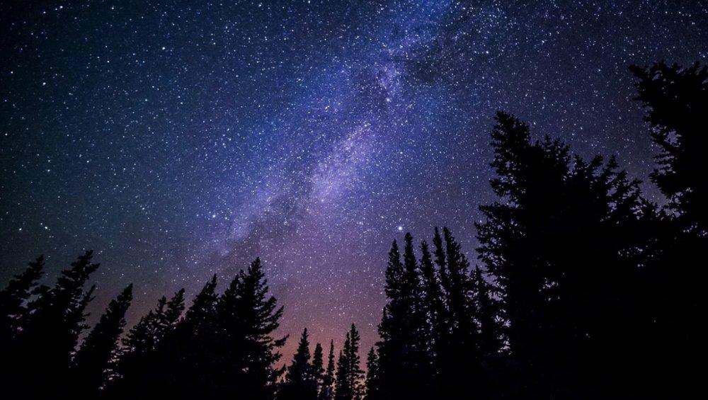 Spadające gwiazdy – maj 2021. Kiedy oglądać eta Akwarydy?