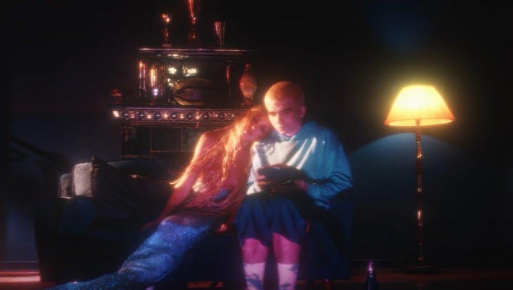 Mata: Anja Rubik w teledysku Szafir. Jest syreną!